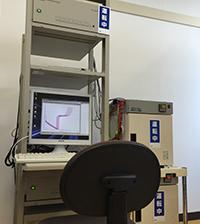 充放電試験装置